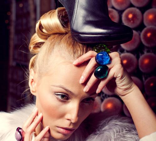 Stylizacja I.Jabłonowska, zdjęcia Ł.Pepol, makijaż D. Mańkowska, modelki Kasia; Fashion Time