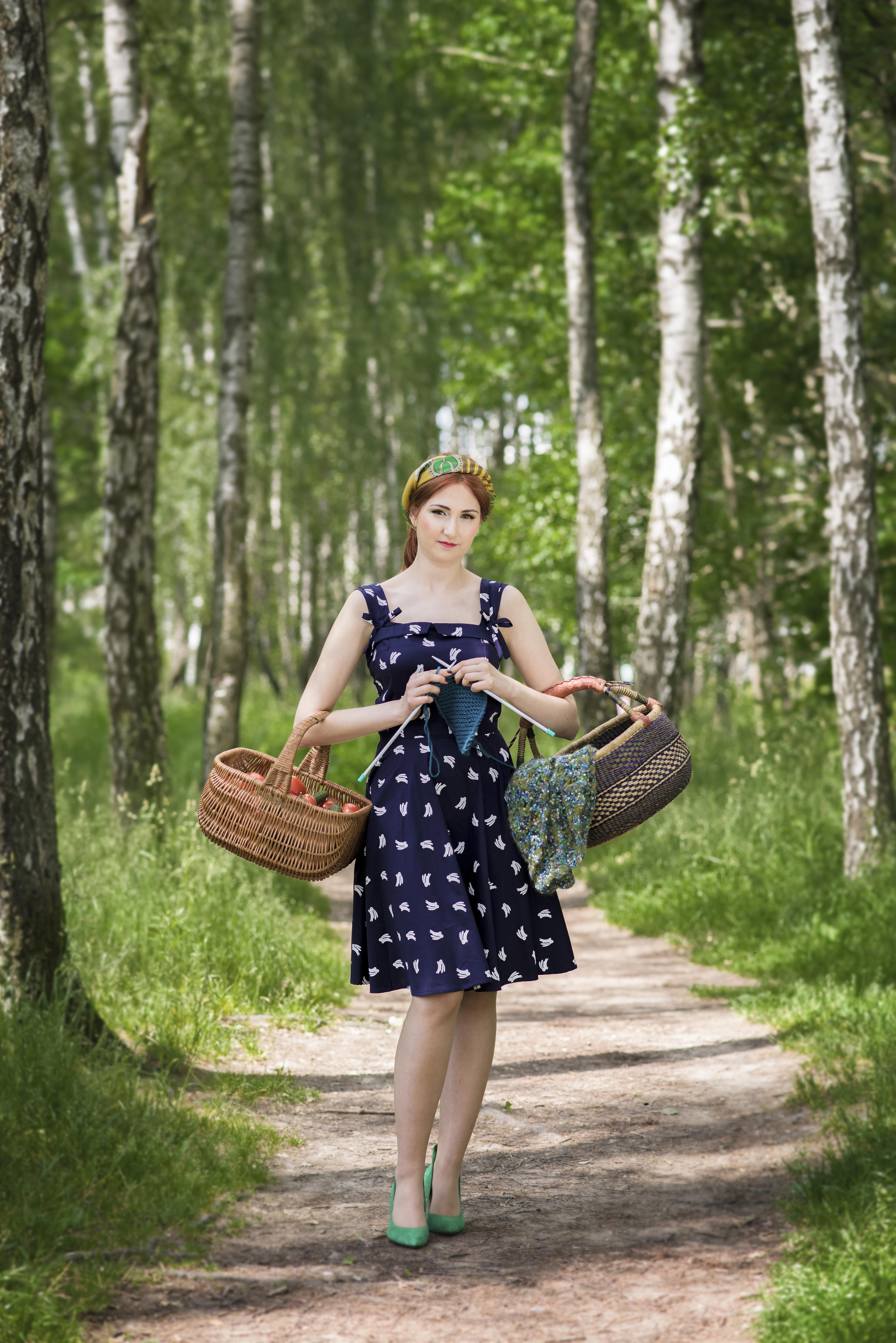 sukienka etyczna moda